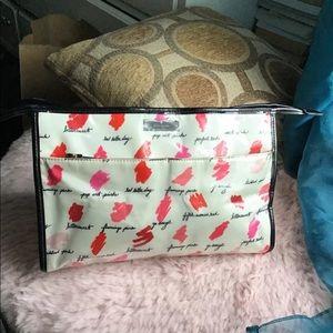 kate spade Bags - Kate Spade Cosmetic Bag